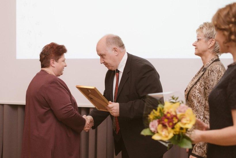 Ida-Tallinna Keskhaigla tunnustas aasta töötajaid