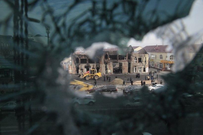 Kadõrovi mehed pistsid Groznõis inimõiguslaste kontori põlema