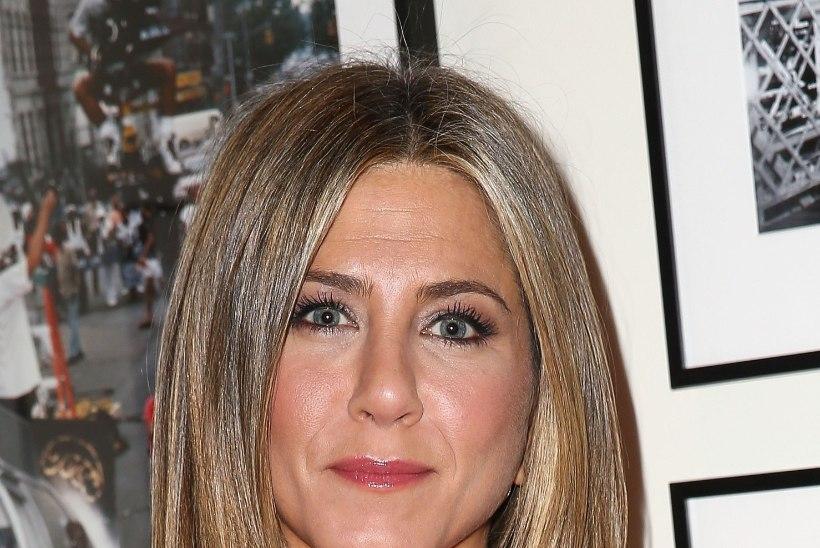 Jennifer Aniston: see, et su vagiinast last välja ei tule, ei tähenda, et sa poleks emalik!