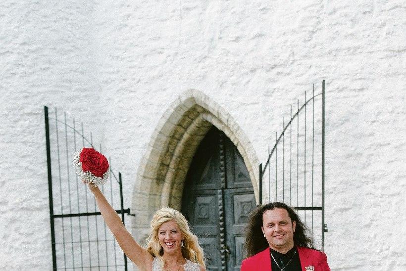 """""""Kiriklik laulatus pole ainult pidulik, sellel on ka sügavam jõud!"""""""