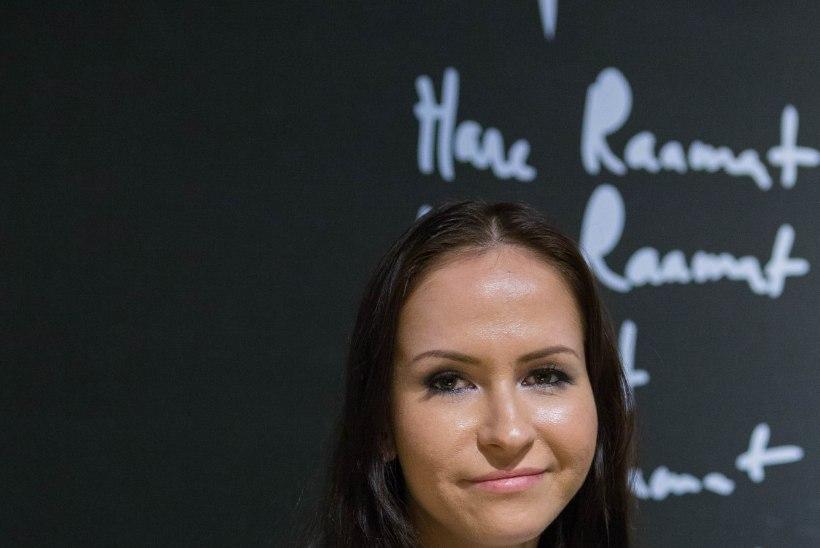 GALERII: Nõid Nastja esitles uut raamatut