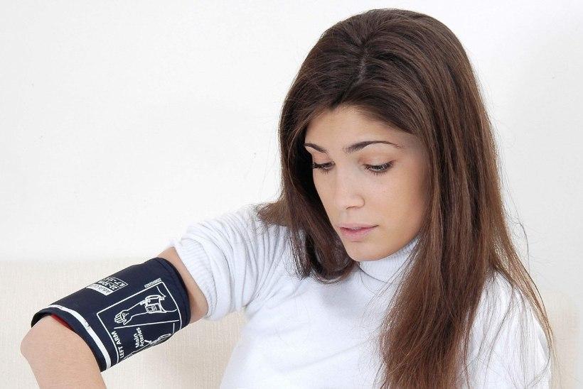 Vererõhuaparaat: millal see koju muretseda ning mida ostes silmas pidada?