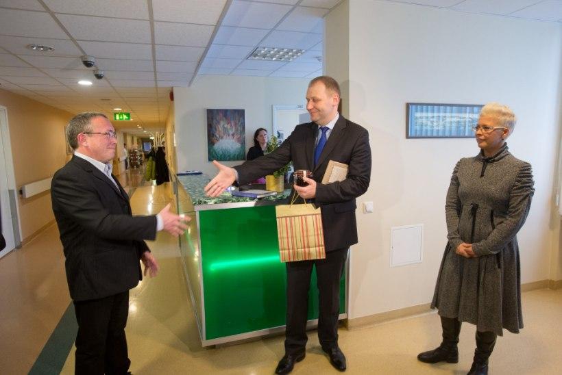 GALERII: aasta arstiks valiti veresoontekirurg Andrus Loog
