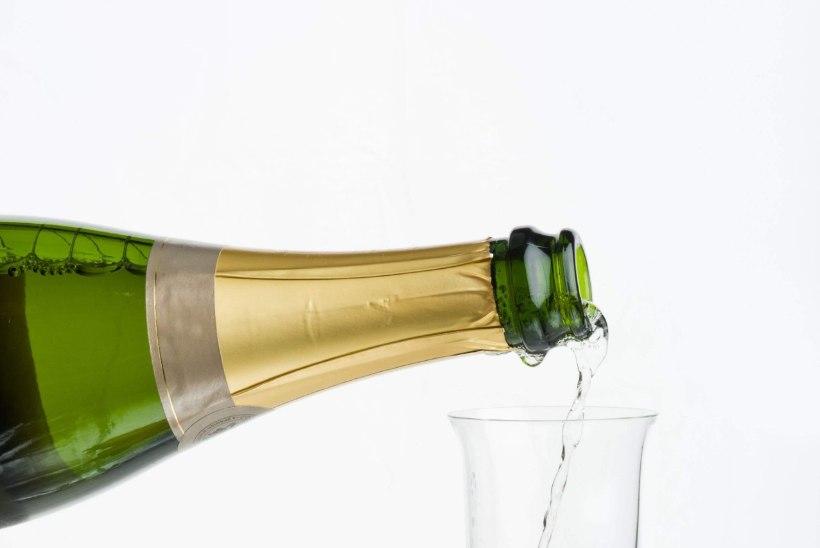 Kuidas klaas vahuveini maitset mõjutab?