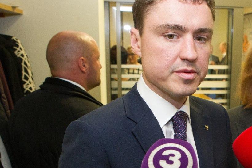 """TV3 VIDEO: peaminister ei olnud nõus """"Seitsmeste uudiste"""" küsimustele vastama"""
