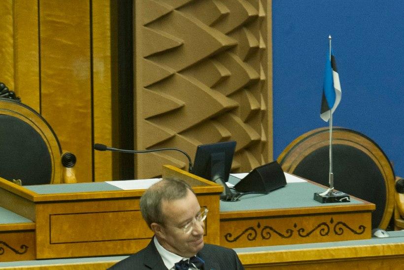GALERII   Ilves noorteparlamendi esimese istungi avamisel: Eestile on edu toonud originaalsed lahendused