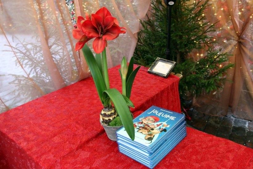 FOTOD: Savisaar esitles oma skandaalset jõuluraamatut