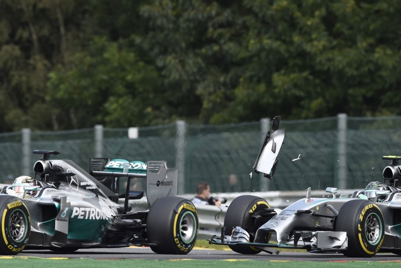 Hamilton MM-tiitlist: võtmehetkeks oli kokkupõrge Rosbergiga