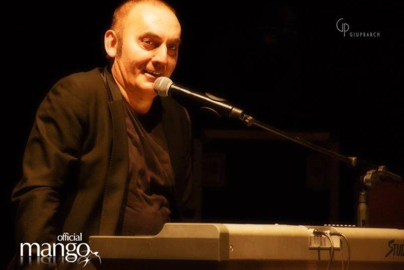 Kurb kokkusattumus: otse laval suri tuntud Itaalia laulja, päev hiljem heitis hinge ka tema vend