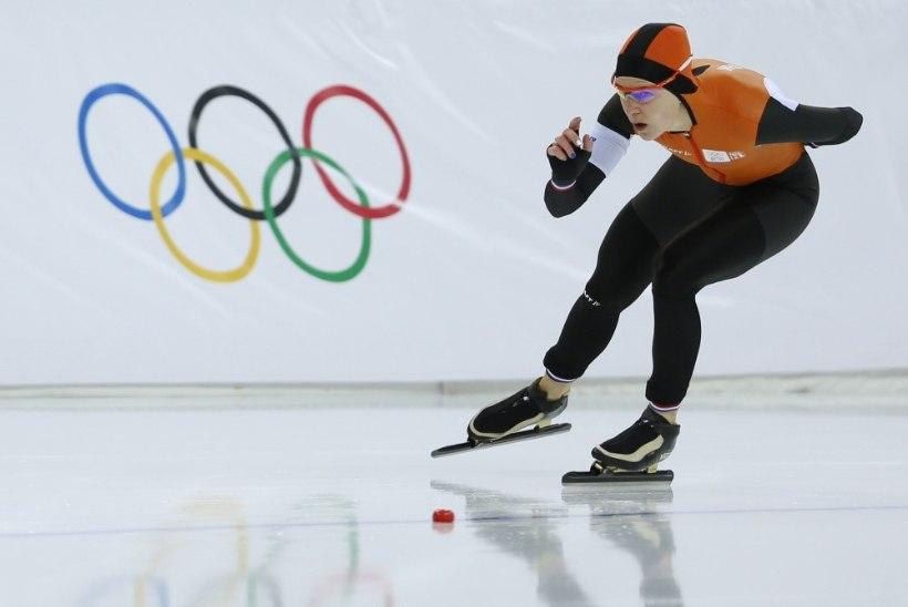 OOTAMATU KÄIK: Putin kallistas lesbist olümpiavõitjat