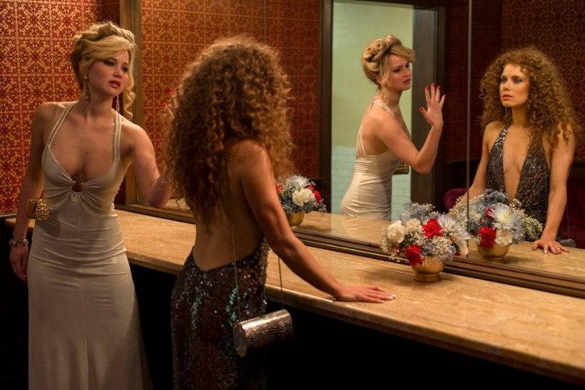 """Arvustus: """"Ameerika afäär"""" on liialt üles haibitud ja väärtustatud film"""