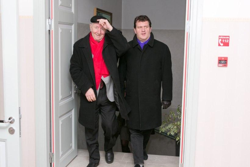 GALERII: Saaremaal kergitati saladuseloor järjekordsetelt ooperipäevadelt