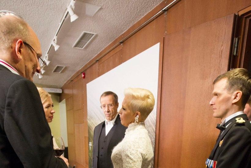 JAHE PIDUPÄEV: presidendipaar teineteise seltskonda ei nautinudki?
