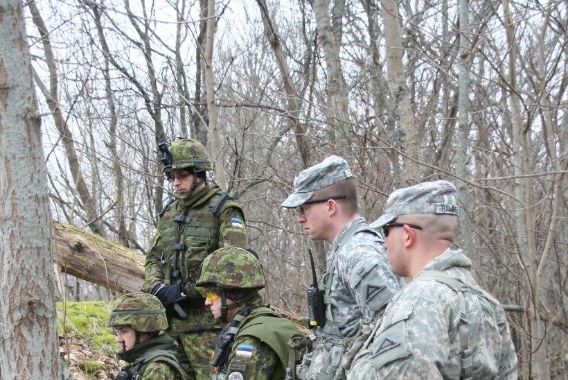 FOTOD: Eesti ajateenijaid õpivad Ühendriikide instruktorite käe all