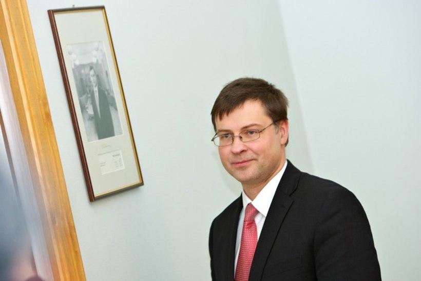 Dombrovskis soovib majandusvolinikuks