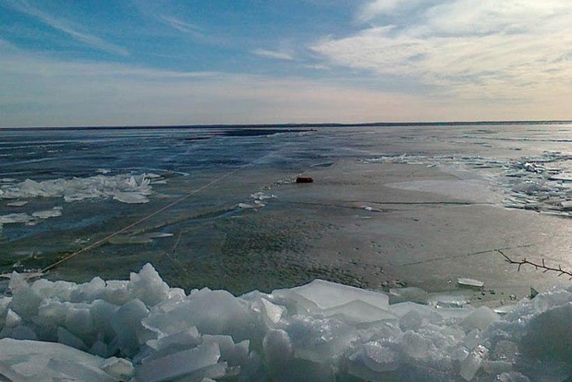 Tuukrid leidsid Narva veehoidlas uppunud kalapaadi