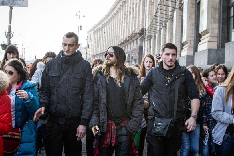 FOTOD: Jared Leto sõitis bändiga Ukrainasse