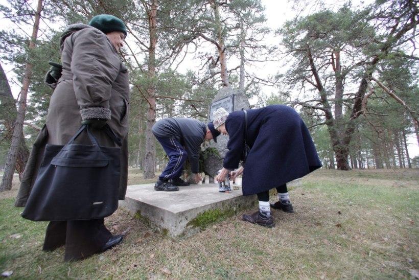 Võsulased tegid küüditatutele oma raha eest mälestuskivi
