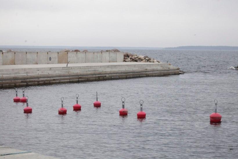 Esimene laevahukk sel aastal: Võsu päästjad tõid kaldale õnnesärgis sündinud mehe