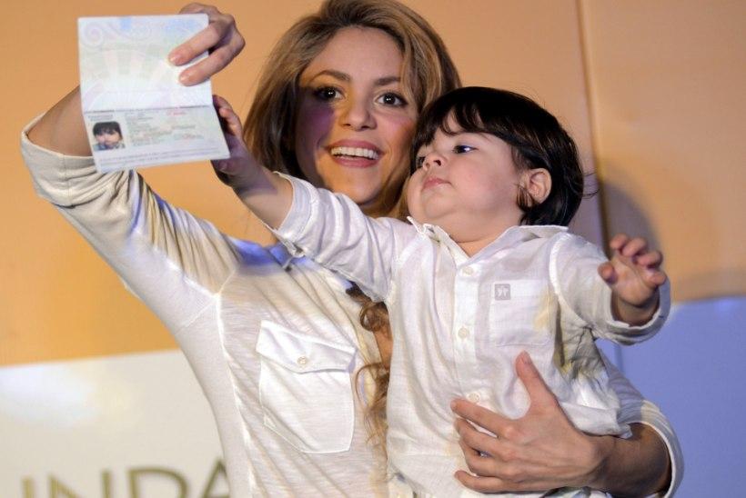 Milline naine! Shakira tahab jalgpallitähele sünnitada üheksa last