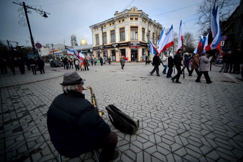Krimmi rahutud puhkepäevad: venelased jätkavad okupatsiooni