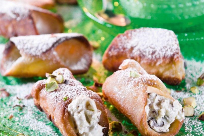 Cannoli'd Sitsiilia moodi