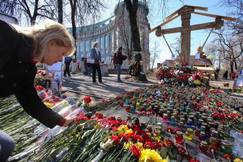 Maidanil hukkunute arv on löönud Ukrainas kired lõõmama