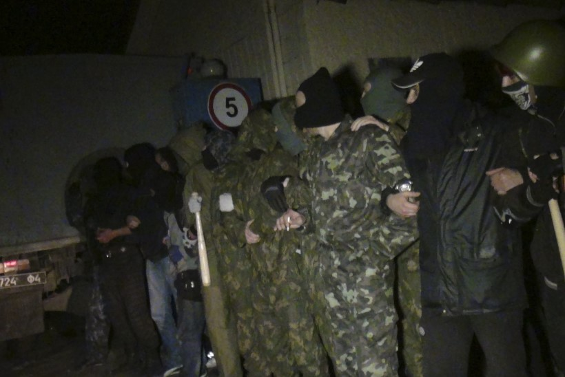 Mariupoli sõjaväebaasi kaitsmisel tulistati surnuks kolm separatisti