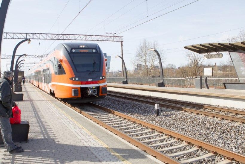 Ülipopulaarne tasuta rongisõit kulutas kolme kuuga ära aastaks planeeritud dotatsioonisumma