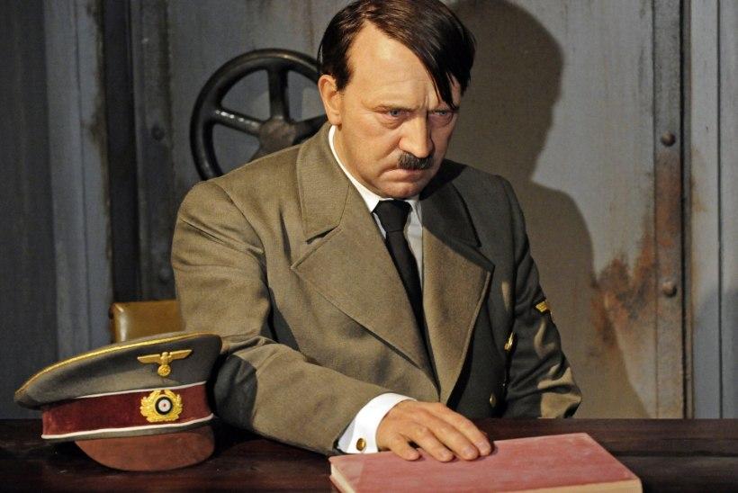 Leiti Hitleri saadetud postkaart sõbrale: mul tõmmati korraga välja 19 hammast!