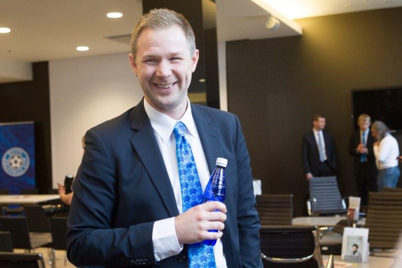Vutikoondise peatreener Magnus Pehrsson reisis koondislasi külastades Euroopa risti ja põiki läbi