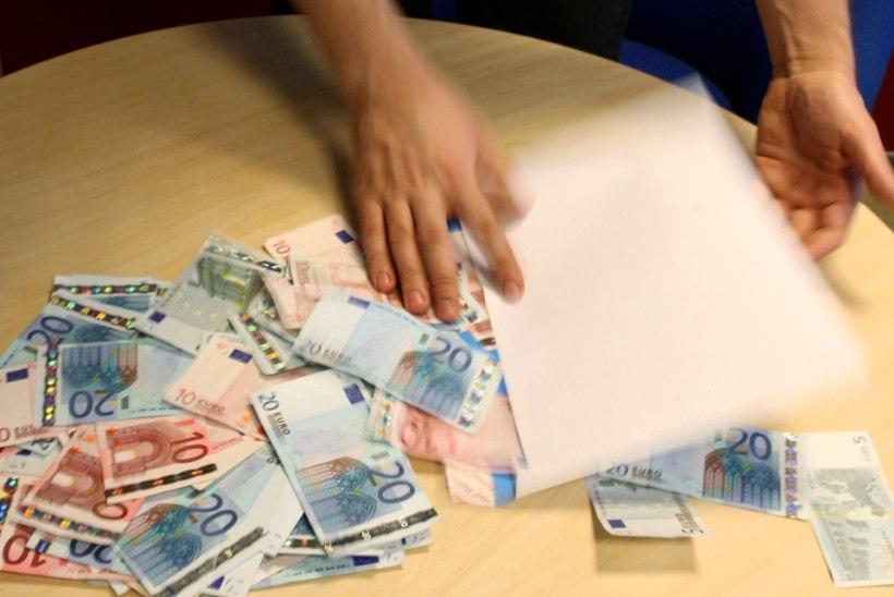UURING: ümbrikupalka paneb maksma suur maksukoormus ja riigi laiutamine rahaga