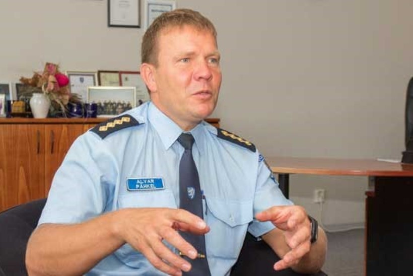 Pressiteenistus palus Viljandi politseijuhil meediaga suhtlemisel oma käitumist muuta