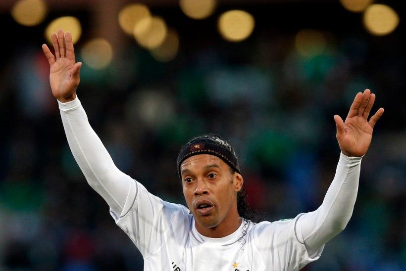 FOTOD: Ronaldinho annab oma maja MM-i ajaks raske raha eest üürile