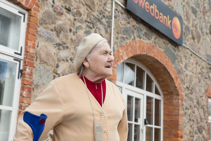 Vihased maaelanikud: pank kandis nüüd vanemad inimesed maha!