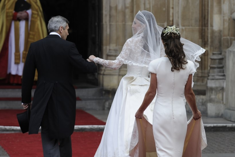 Oi-oi! Pippa Middletoni kurikuulus tagumik on võlts!?!