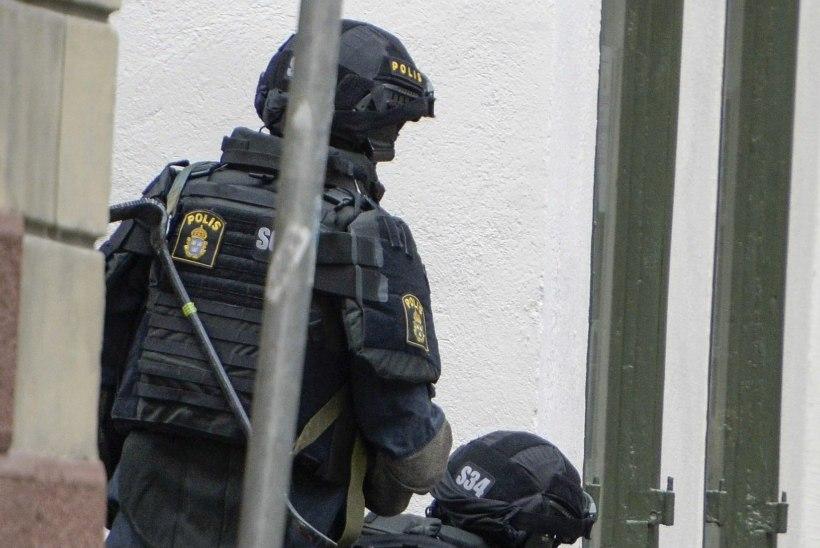 Stockholmi südalinnas võeti kinni pommiga ähvardanud mees