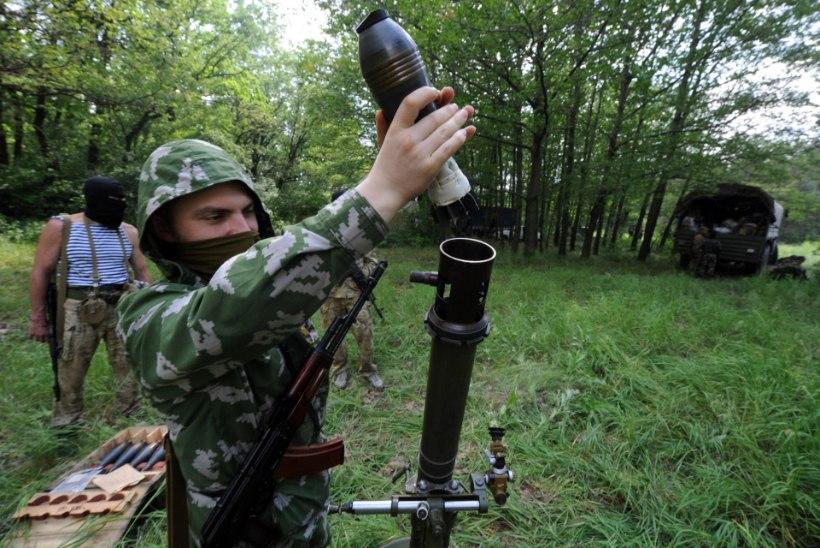 VIDEO: Luganskis ründavad 400 separatisti piirivalvekordonit