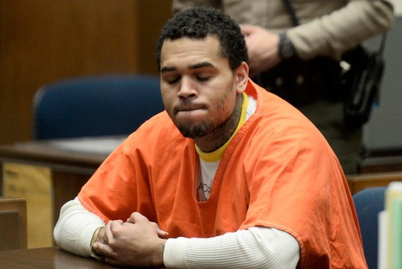 Rihanna ekskallim Chris Brown vabanes vanglast