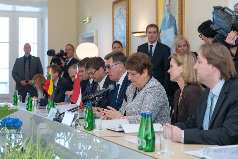 FOTOD: Peaminister Rõivas tänas Barrosot hea koostöö eest Balti riikidega