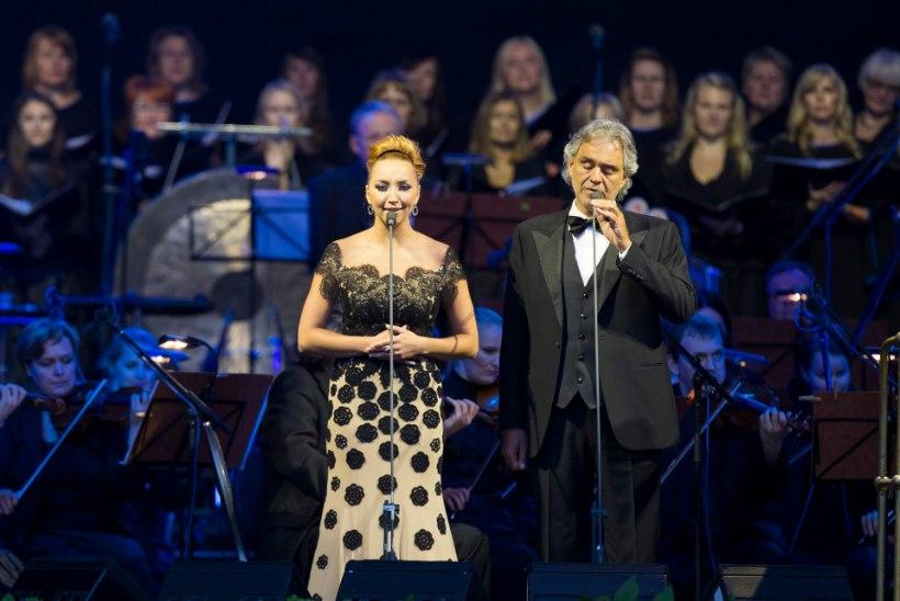 Andrea Bocelli kontsert tõi Tallinna lauluväljakule romantikud