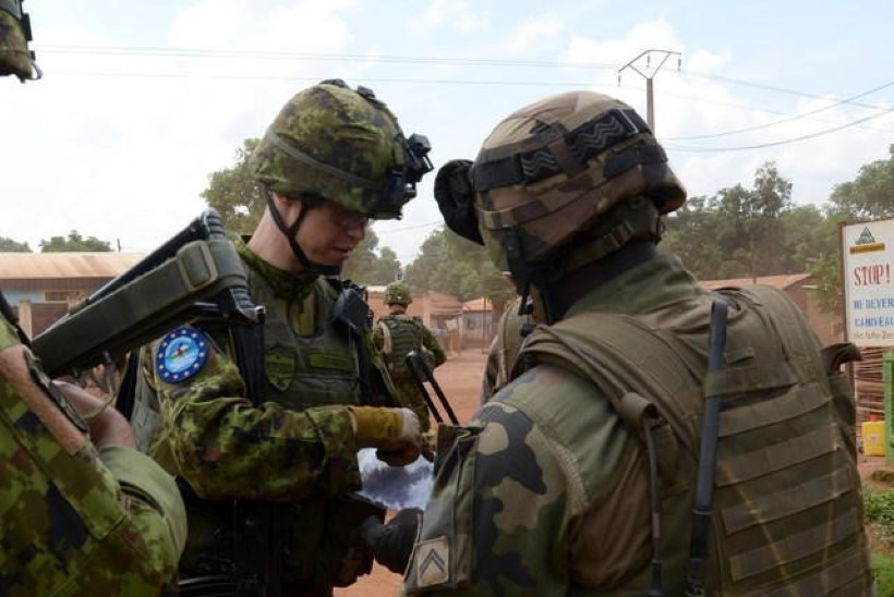 GALERII: Eesti ja Prantsuse kaitseväelased patrullisid Kesk-Aafrika Vabariigi pealinnas