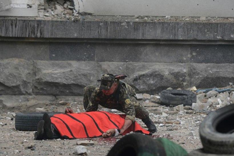 Verised fotod Luganskist. Slovjanskis rünnati Ukraina julgeolekujõude
