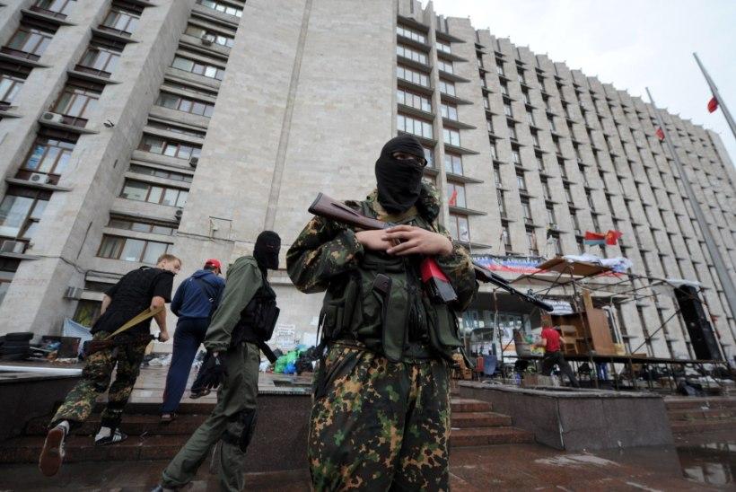 Ukraina rahvuskaart: Luganskis lahing jätkub