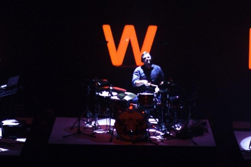 I Wear* Experiment väljastas viimase EP ja peab ka paar pidu