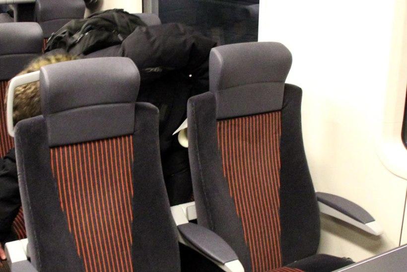Elroni rongi esimese klassi piletid on suve lõpuni odavamad