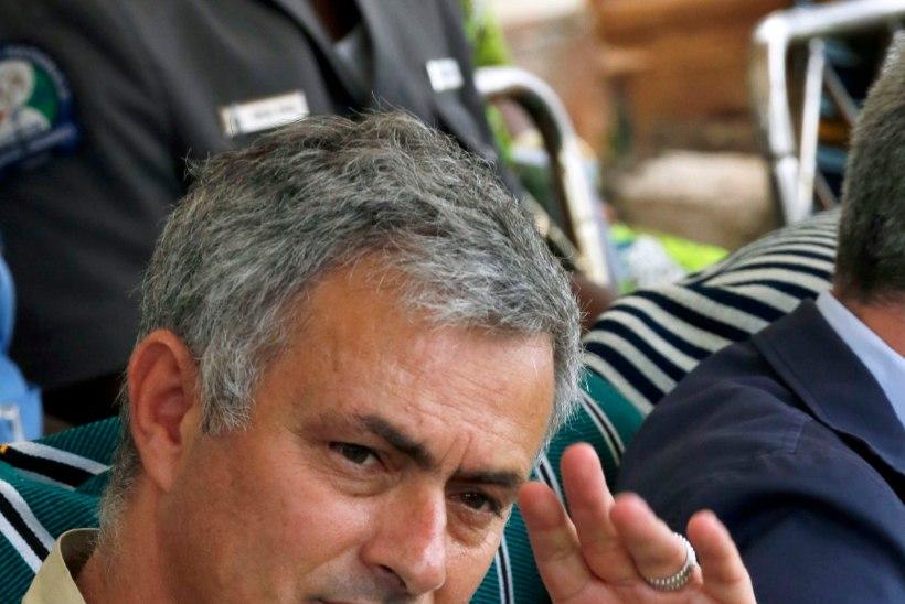 Mourinho õrritas van Gaali, hollandlane ei võtnud vedu