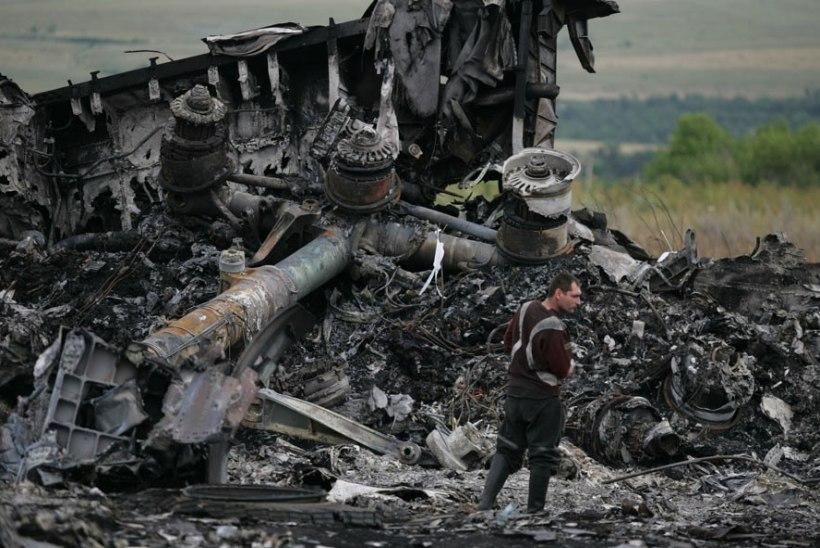 Eksperdid: Ukraina lennukatastroofi põhjustas massiline plahvatuslik dekompressioon raketiplahvatuse tagajärjel