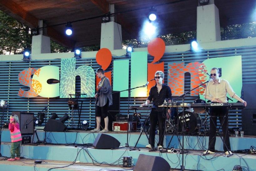 JUBA HOMME! Schilling pakub sel aastal ilusat muusikat vineerist kunstmuru keskel