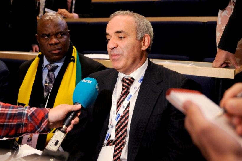 Kreml sai Norras peetud malelahingus Kasparovist võitu